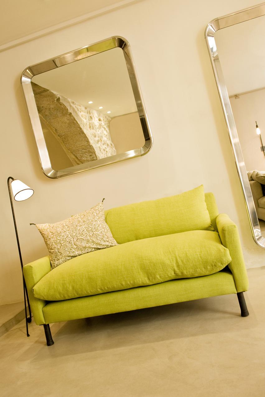 canap mira caravane yy55 montrealeast. Black Bedroom Furniture Sets. Home Design Ideas